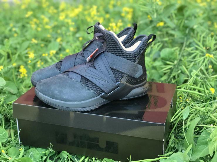 finest selection fa15e d5400 Erich Brechbühl [Mixer] - Nike LeBron Soldier 12