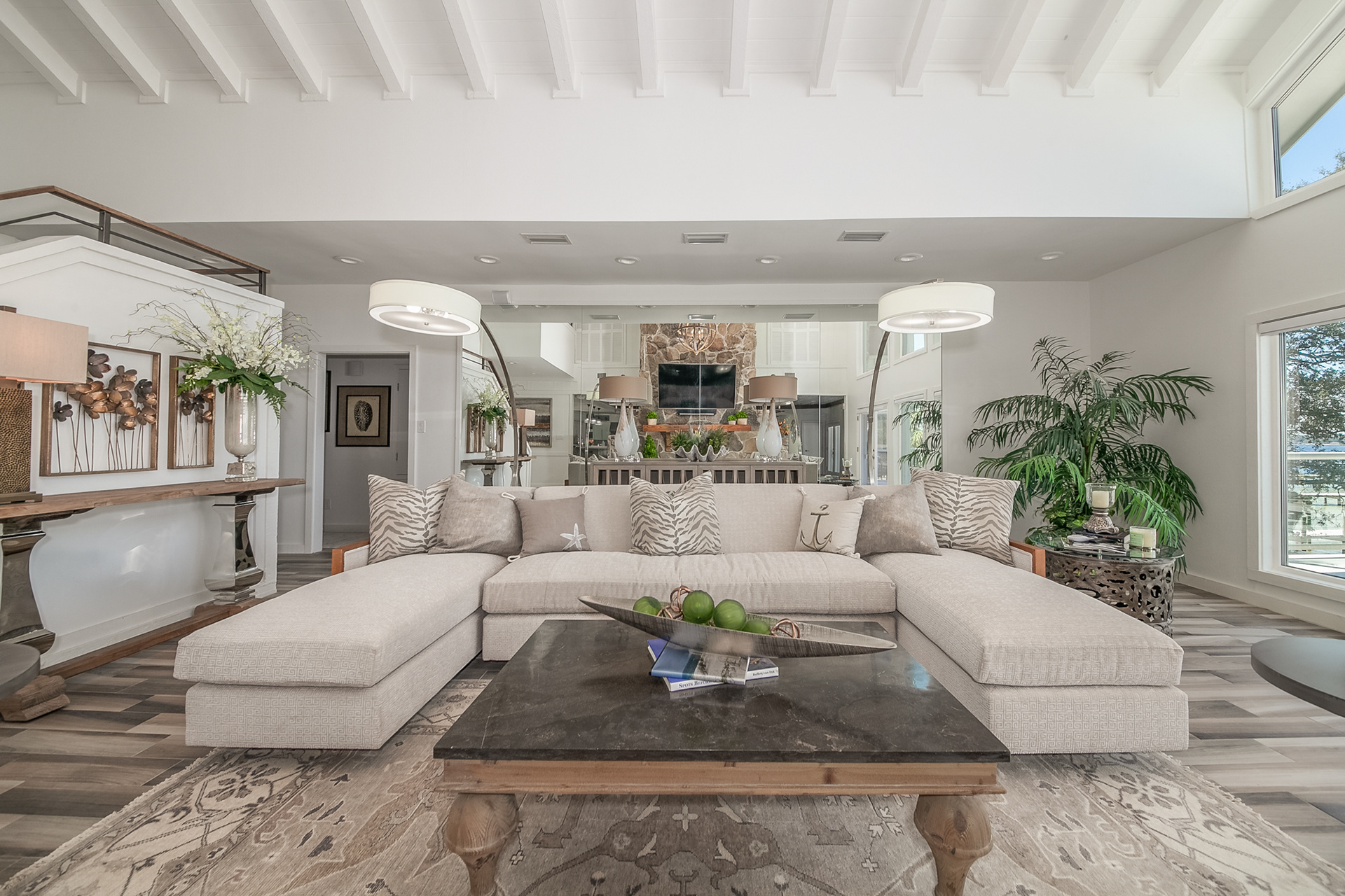 Top Interior Designers in Mobile living room