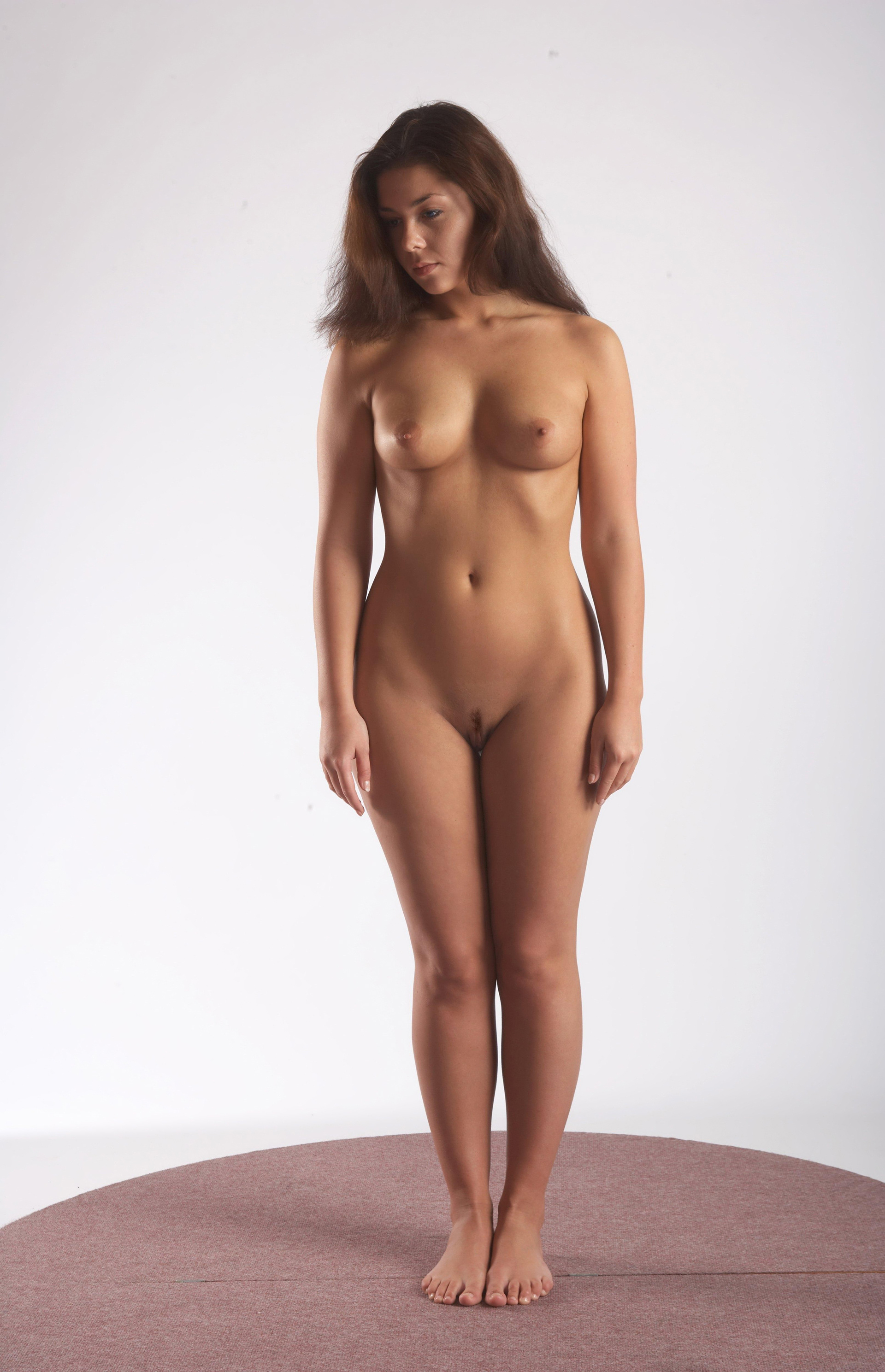 naked-girl-standing-naked-pussy-xxx-pic