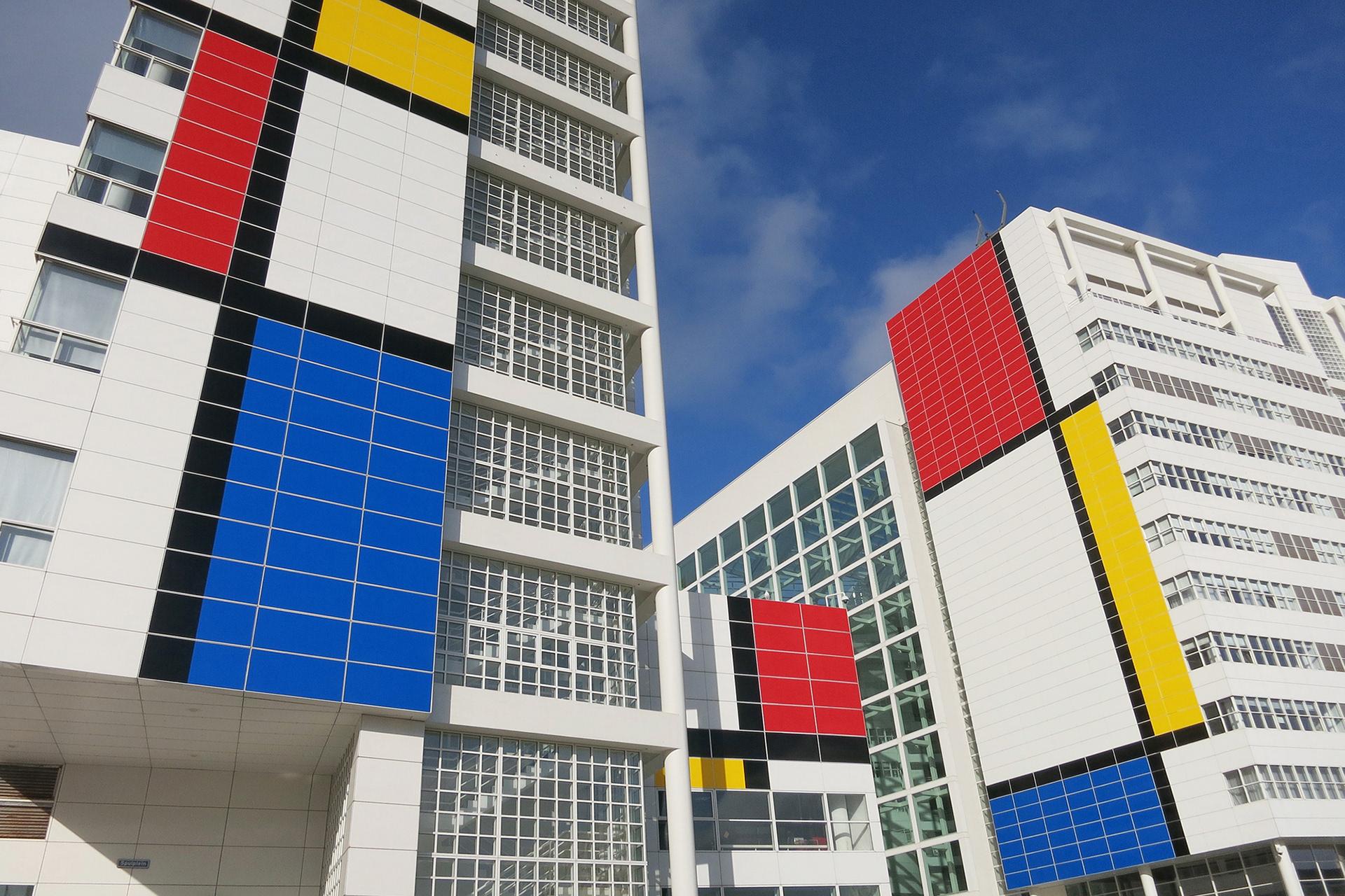 Tegels Den Haag : Studio vollaerszwart city dressing whos afraid of red yellow